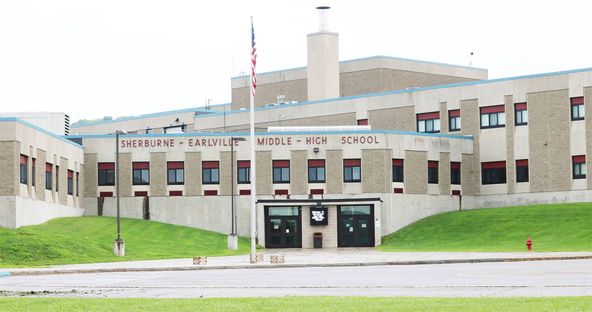 Sherburne-Earlville Middle-High School building