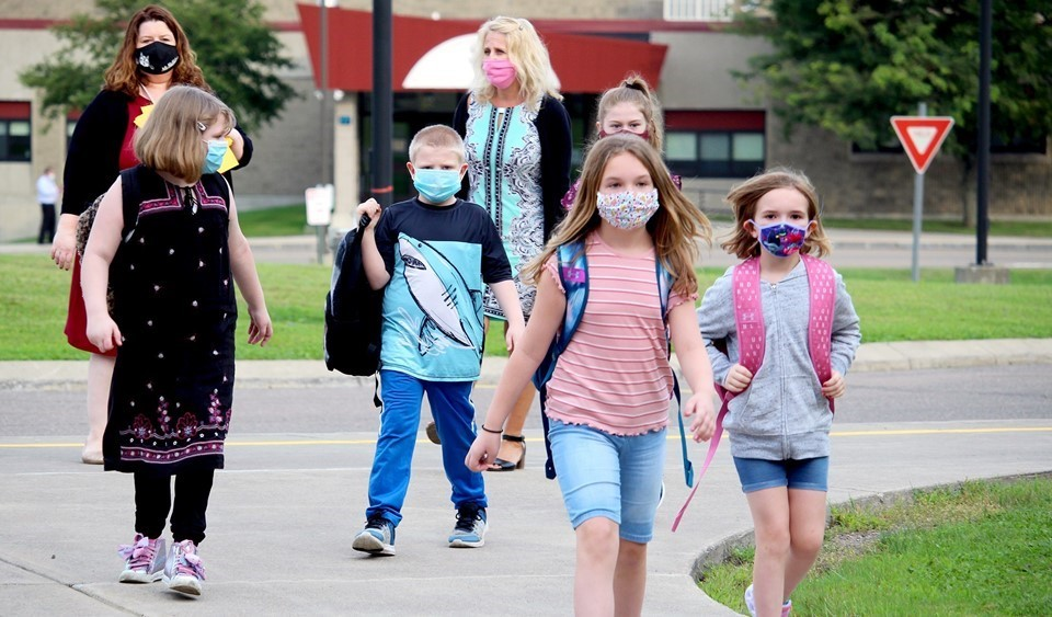 Students returning to school (9/2020)